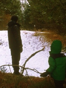 peeking at deer at suncadia in the snow with kids