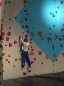 Rock Climbingn and bouldering  with kids in Seattle