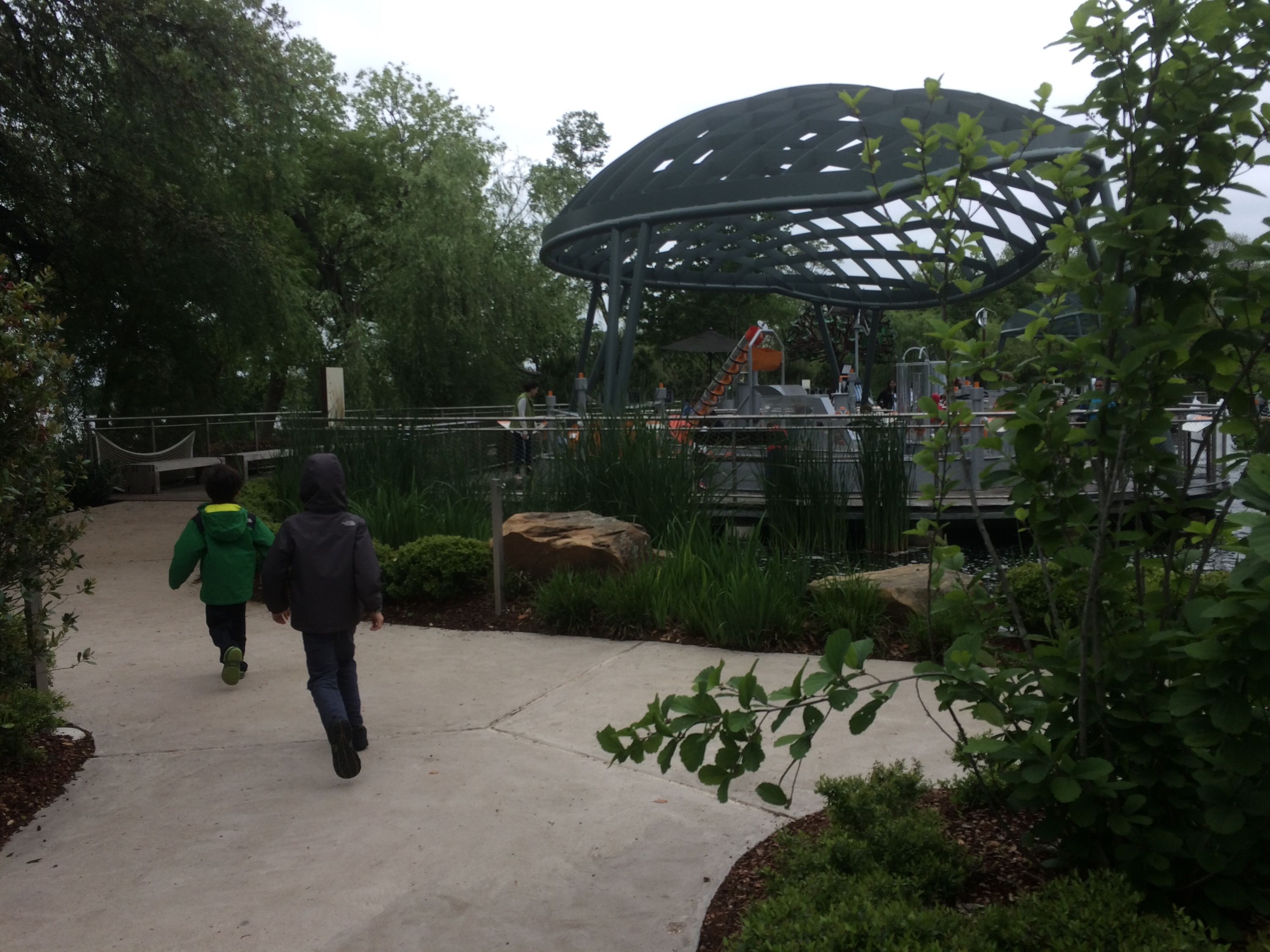 Coffee Donuts And The Most Kid Friendly Garden Visit You Can Imagine Visiting The Dallas
