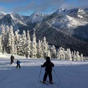 skiing with kids snoqualmie pass mountains