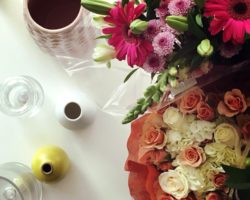 Learning how to set up a beautiful floral arrangement like a florist