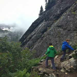 Hiking with kids at Snow Lake