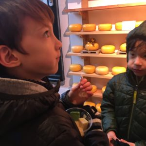 Cheese shops in Amsterdam with kids