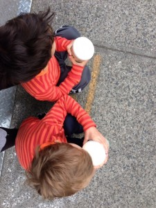 free hot chocolate for kids with membership at seattle aquarium some weekends