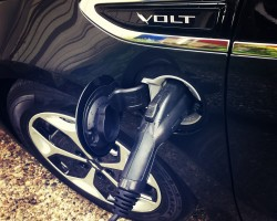 electric hybrid vehicle plug