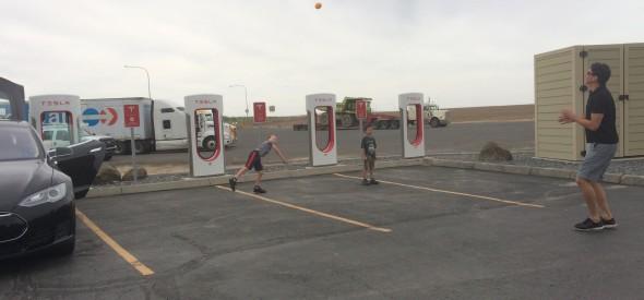 Ritzvill Washington Supercharger for Tesla