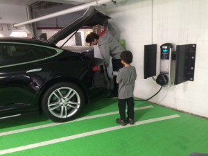 road trips with an electric car and where to charge teslas in seattle