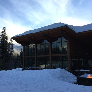 silver fir lodge at snoqualmie summit